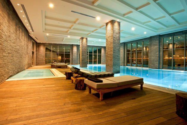 Kaya Palazzo Golf Resort Binnenzwembad